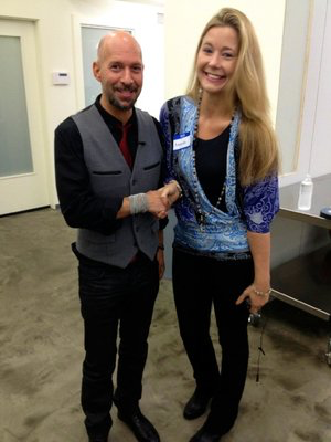 Meeting Neil Strauss at the Creative Live studio to learn more about his creative process.
