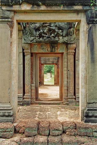 Siem-Reap-doors-2 2.jpg