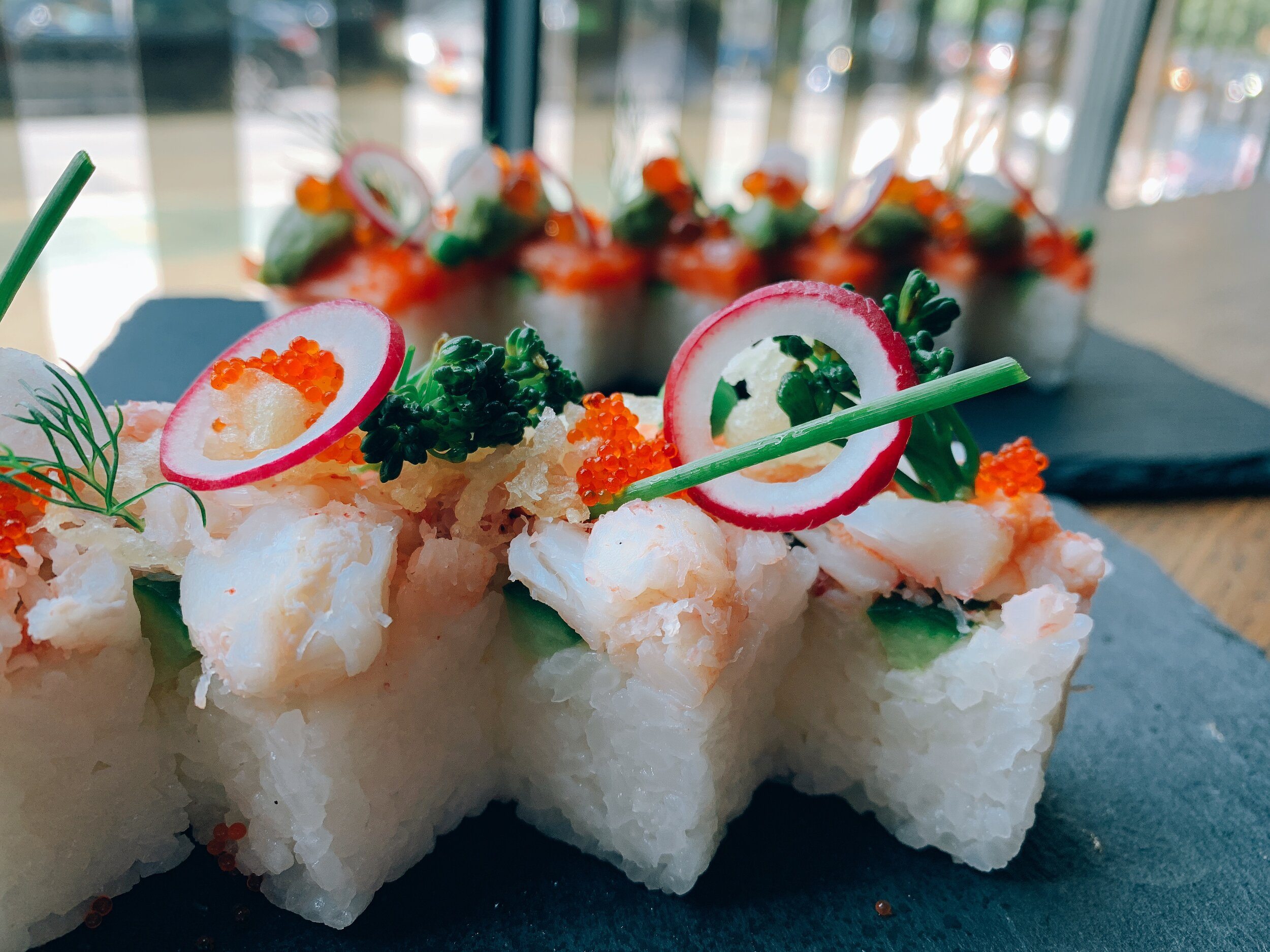 PRESSED SNOW CRAB ROLL