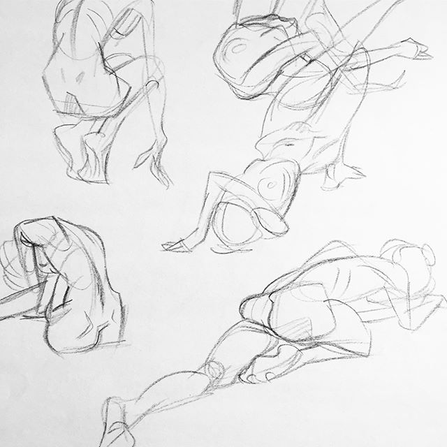 Been busy with new job but finally had some time to get back in to life drawing 💪