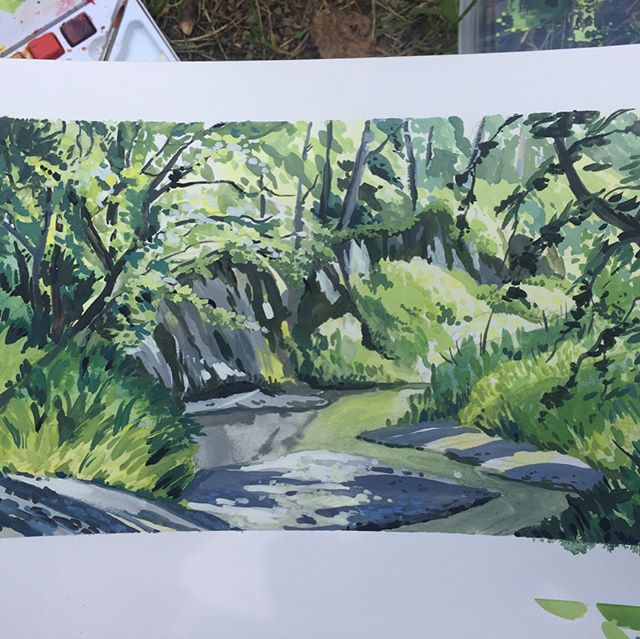Haven't done painting outside in a long while, so I'm surprised this turned out... in not a muddy disaster? Next time I will try something more simple, and smaller. Also I'll figure out how to use the white spaces better... #gouache and #watercolor #pleinair