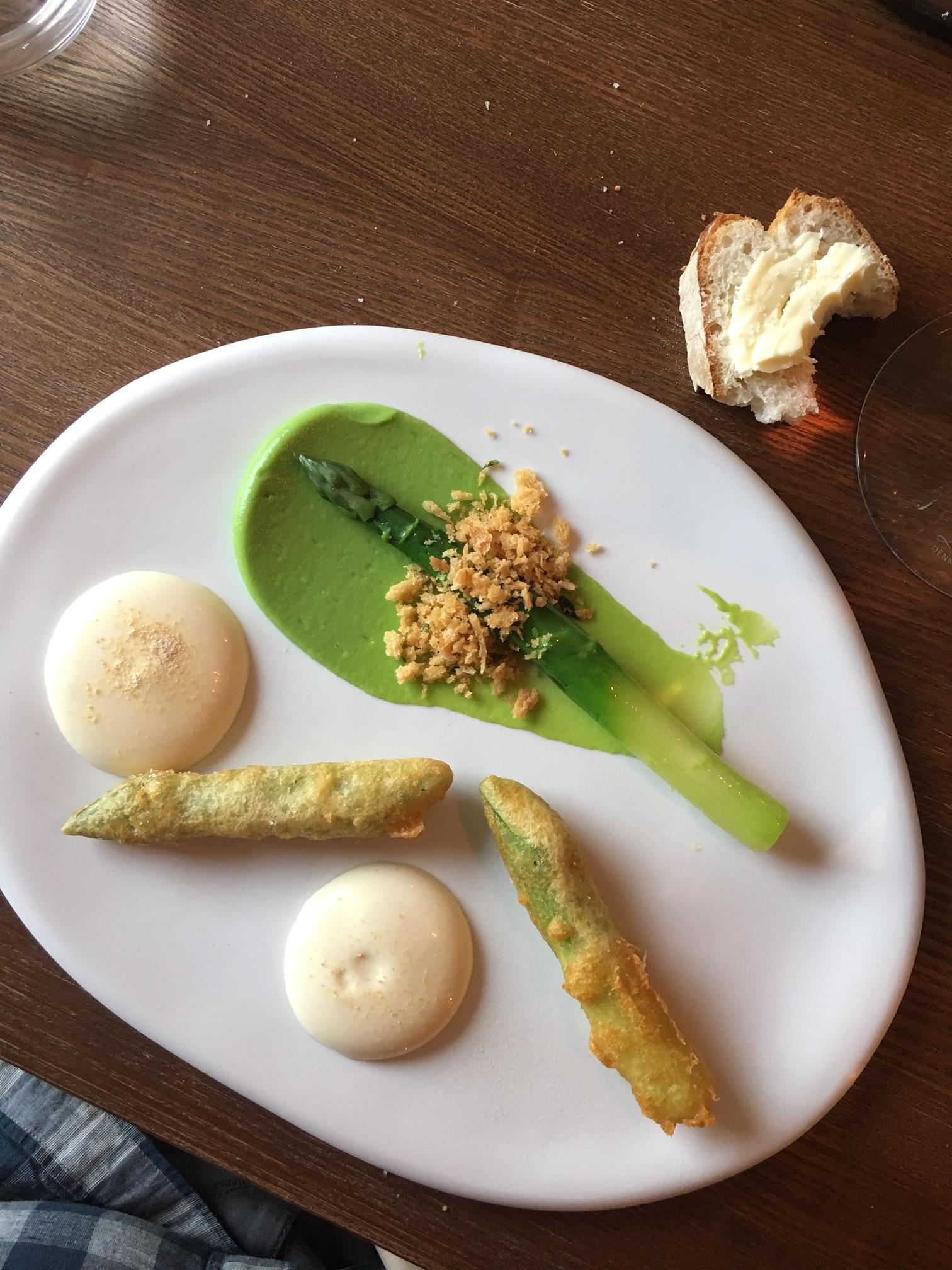 Asparagus fritter with dijon espuma (ooh la la)