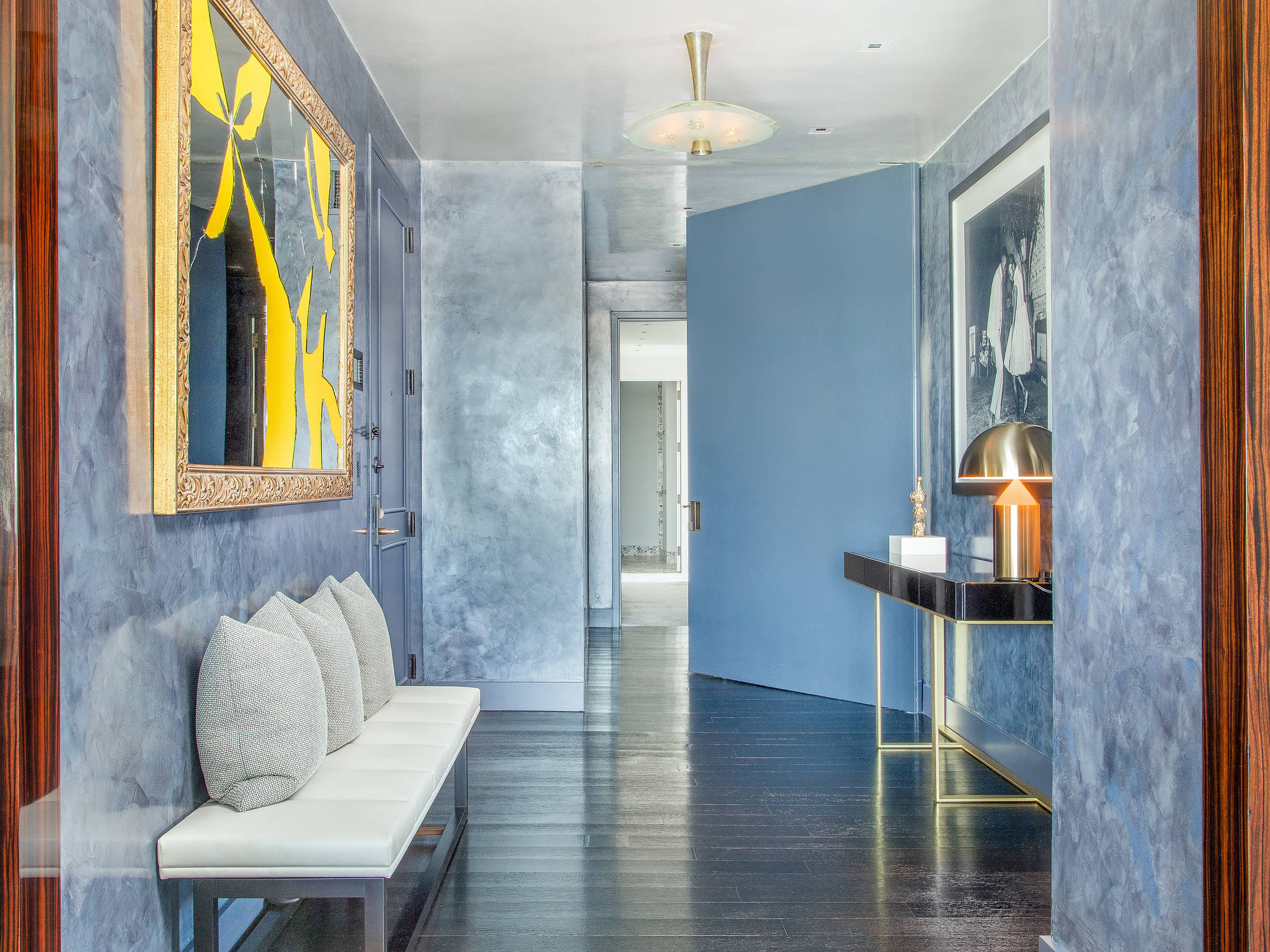 UPPER WEST SIDE APARTMENT, NY -