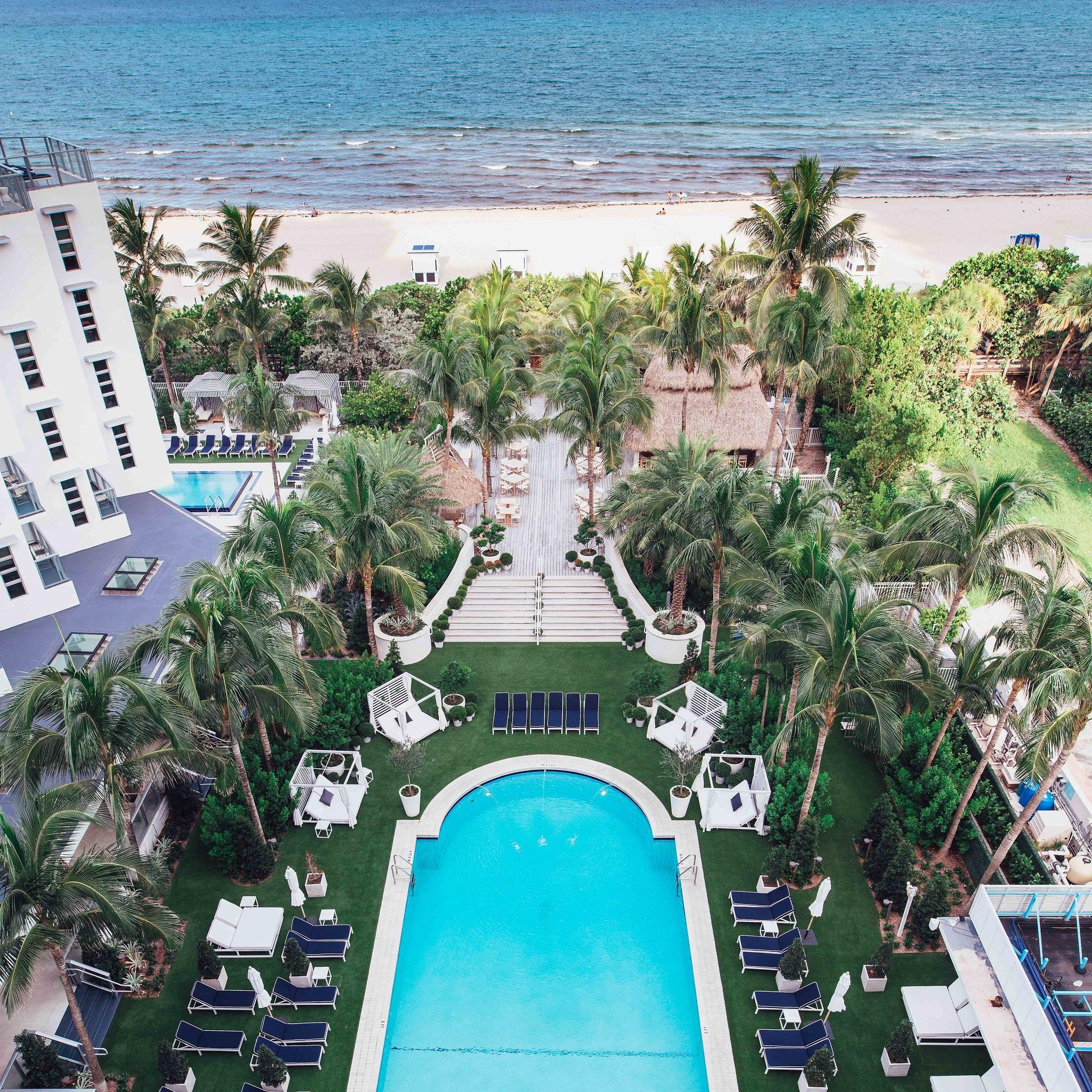 CADILLAC HOTEL & BEACH CLUB  / Miami, Florida