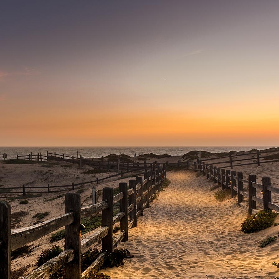 SANCTUARY BEACH RESORT  / Marina, California