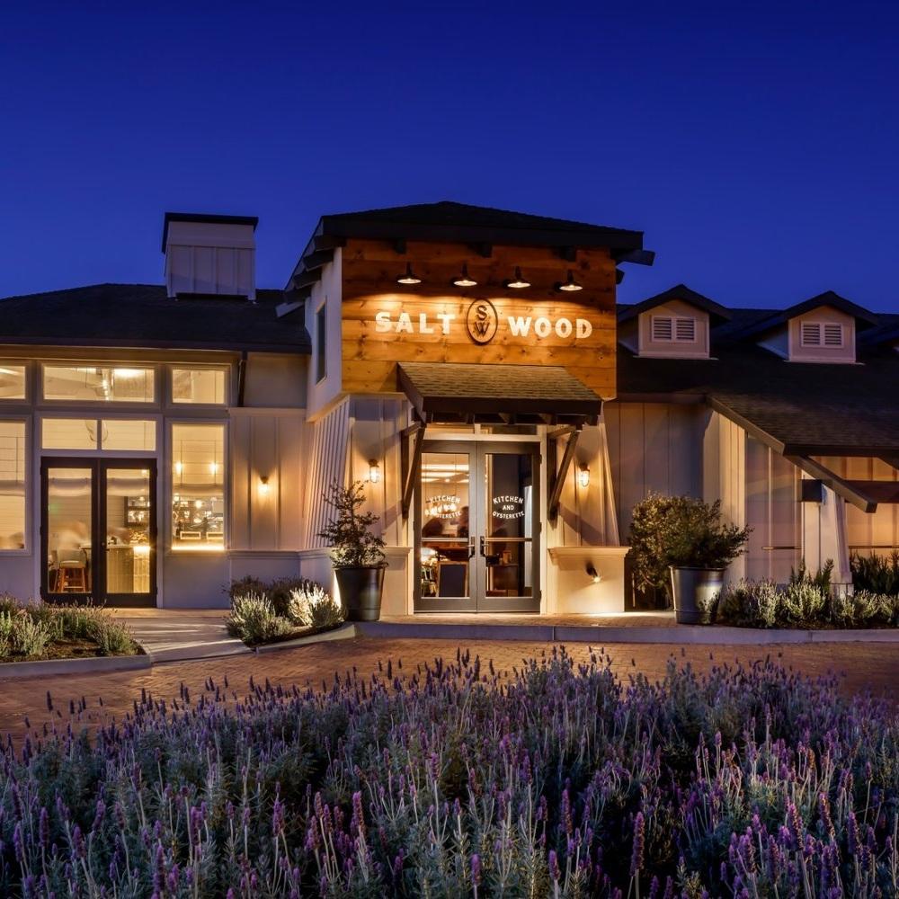 SALT WOOD KITCHEN & OYSTERETTE  / Marina, California