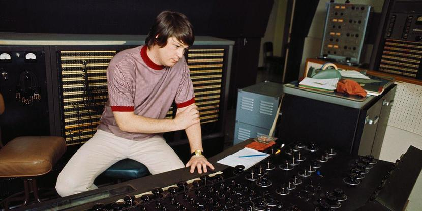 BrianWilson_GettyImages-74286442_1440x720.jpg