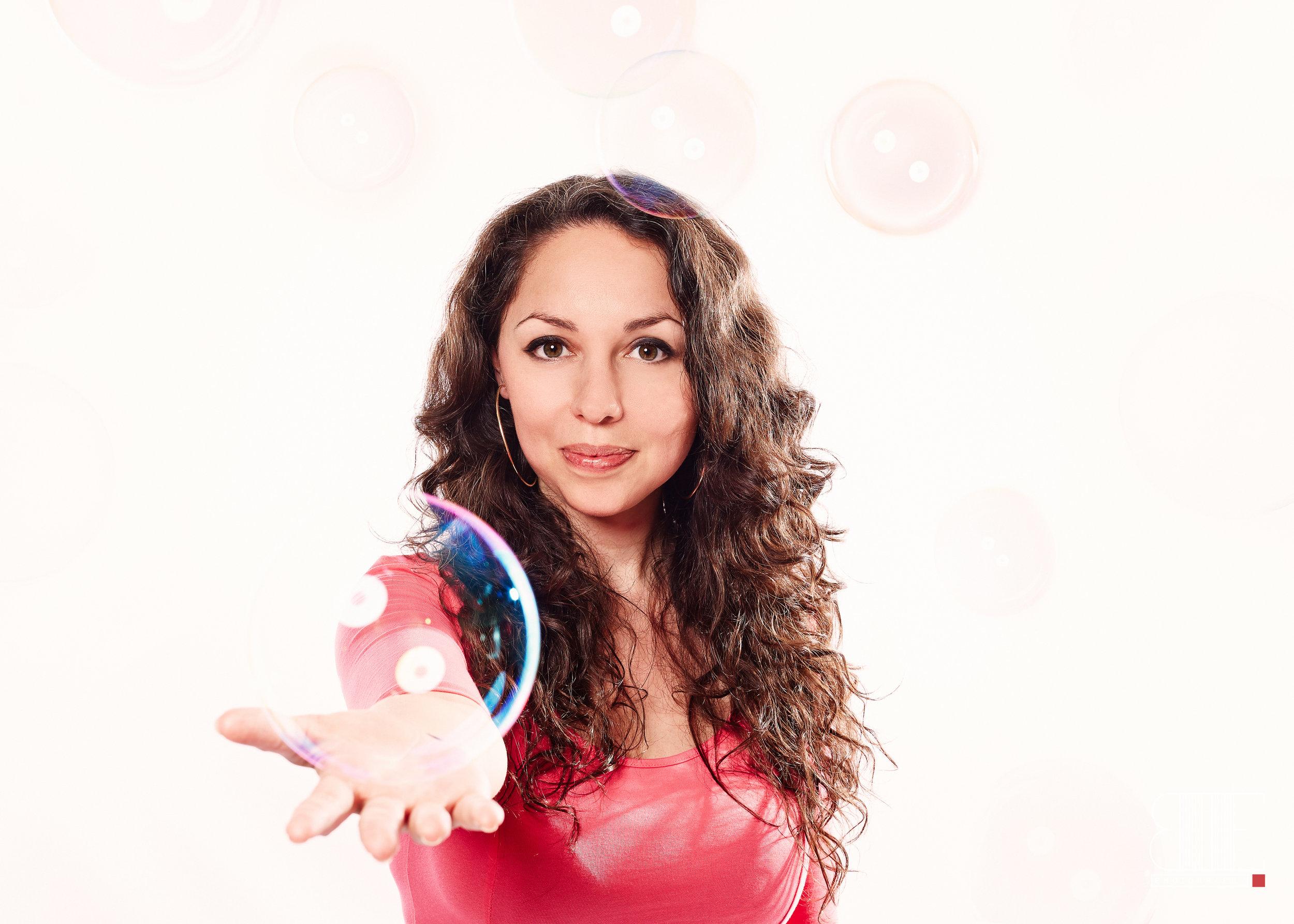Élise Bouskila alias Élise Pompom Girl est l'entrepreneure invitée de La Vraie Dose 58