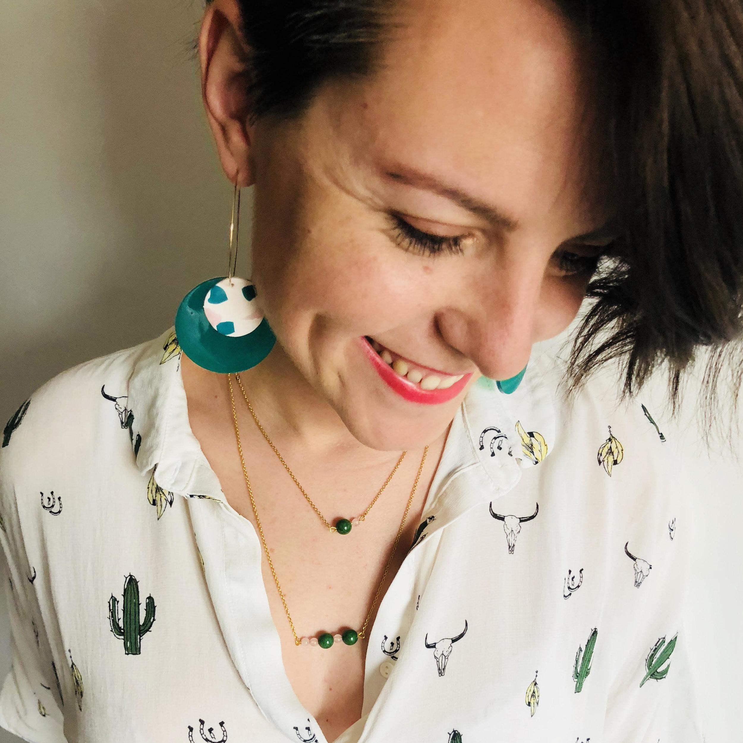 Lisa, fondatrice d'IIWAB studio est l'entrepreneure de la vraie vie invitée de cette vraie dose 62
