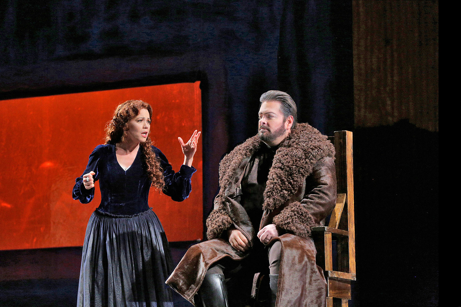Elizabeth Futral as Lucia and Weston Hurt as Enrico in Puccini's  Lucia di Lammermoor  at Portland Opera. Photo by Ken Howard.