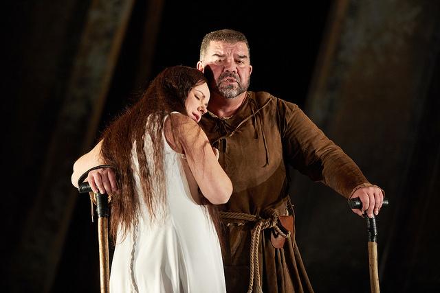 Sofia Fomina as Gilda and Dimitro Platanias as Rigoletto in Donizetti's Rigoletto at The Royal Opera House (2017). Photograph by Mark Douet.