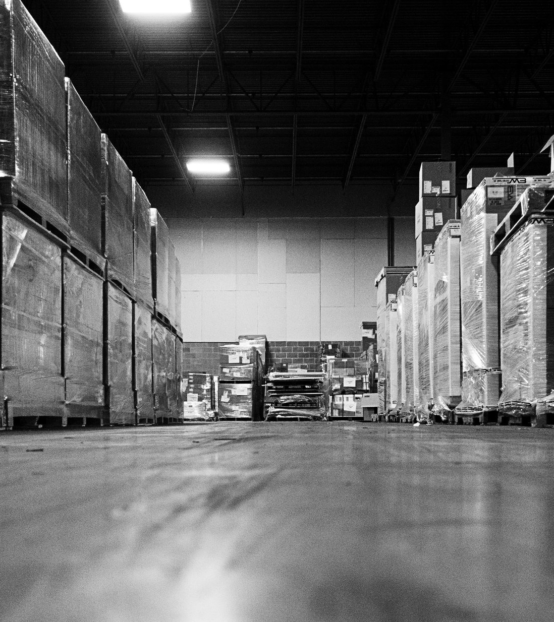 Our warehousing staff and infrastructure can help you with... - -CUSTOM FULFILLMENT-OCEAN CONTAINER UNLOADING-CROSS-DOCKING-LONG-TERM STORAGE