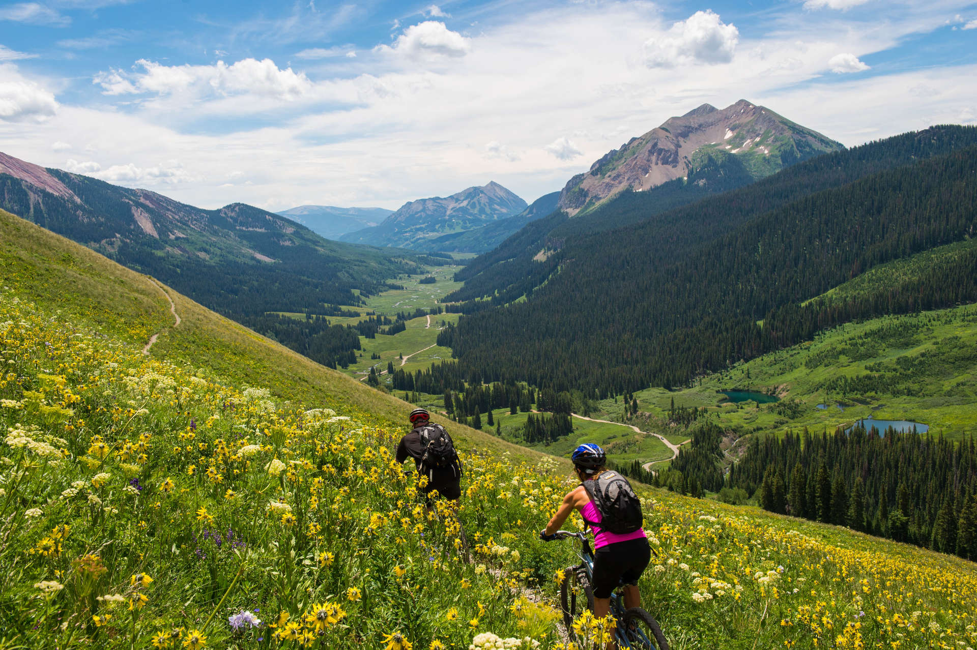 Mountain-Biking-near-Crested-Butte-Credit-Eleven-Experiences-Web-Ready.jpg