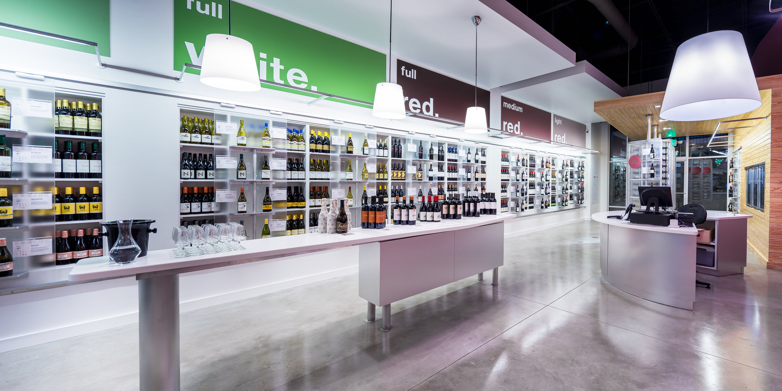 Wine Store Panorama1-2.jpg