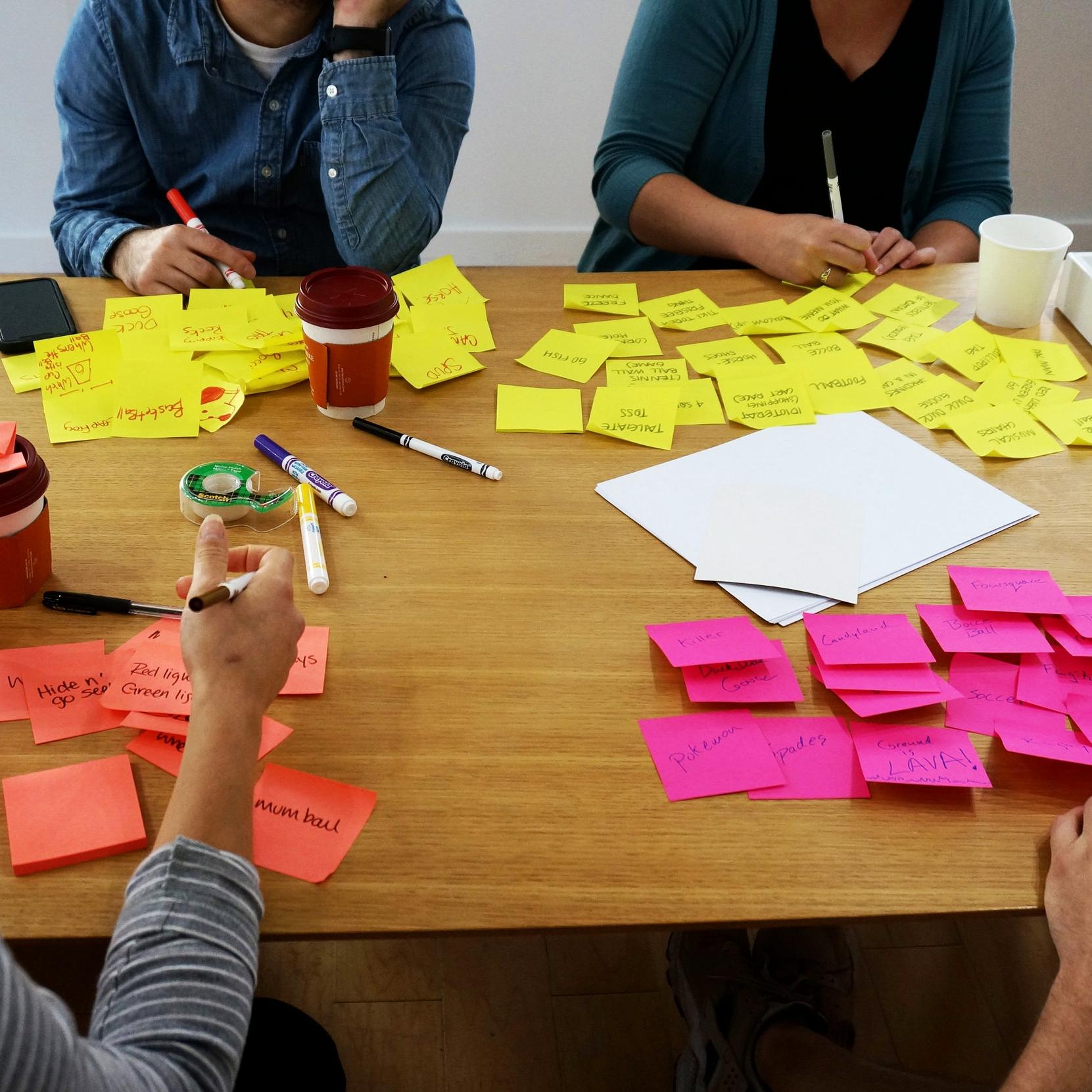 Brainstorming-postits.jpg