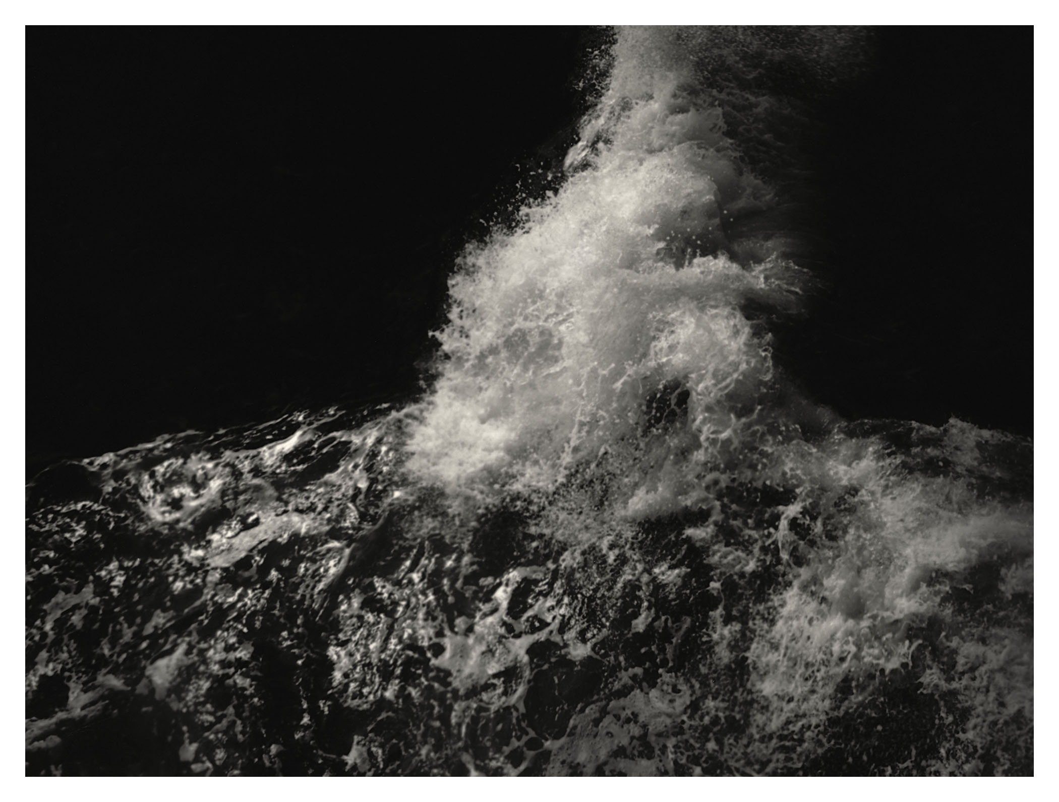 Dark Water (1)