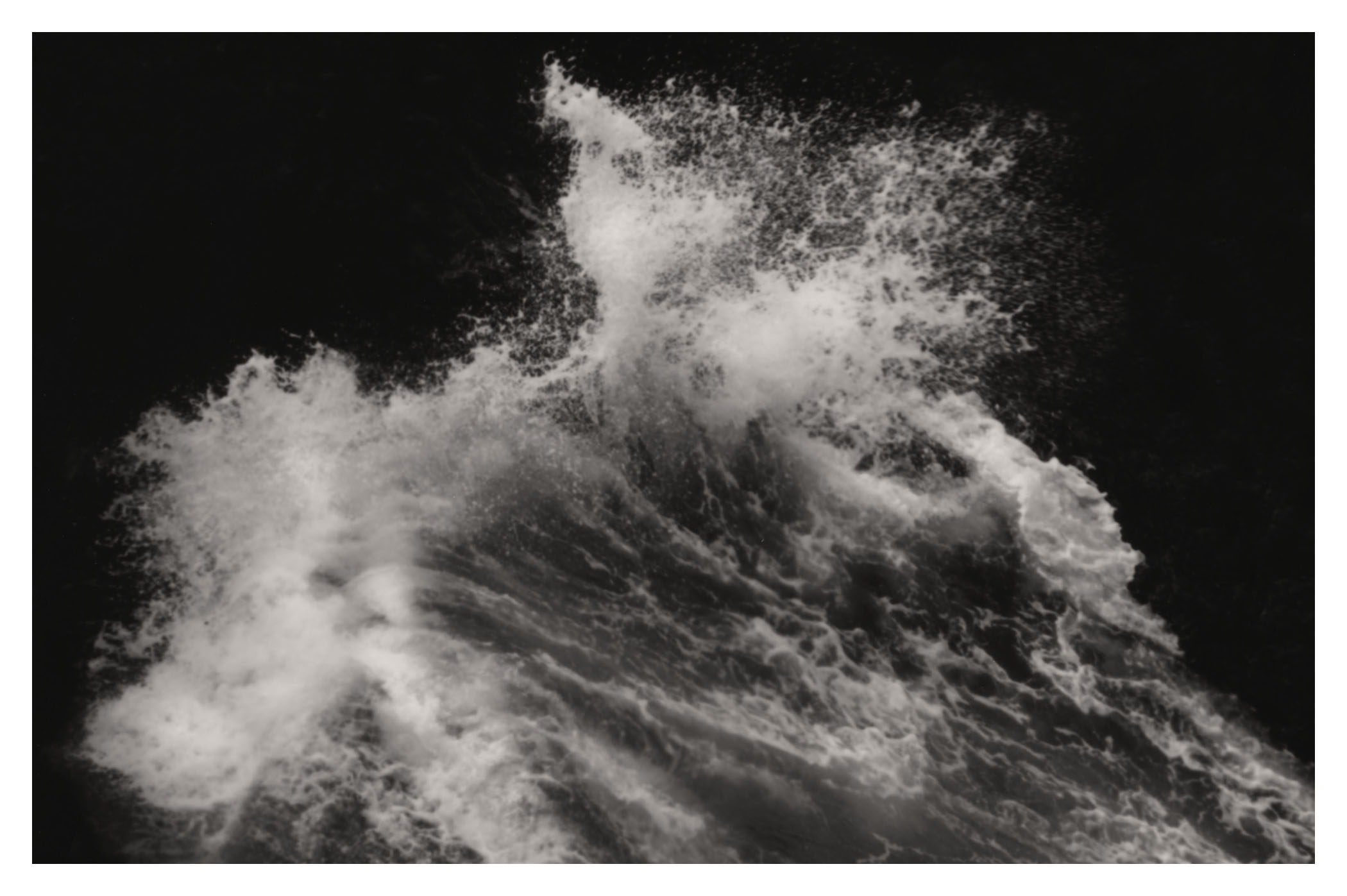 Dark Water (2)