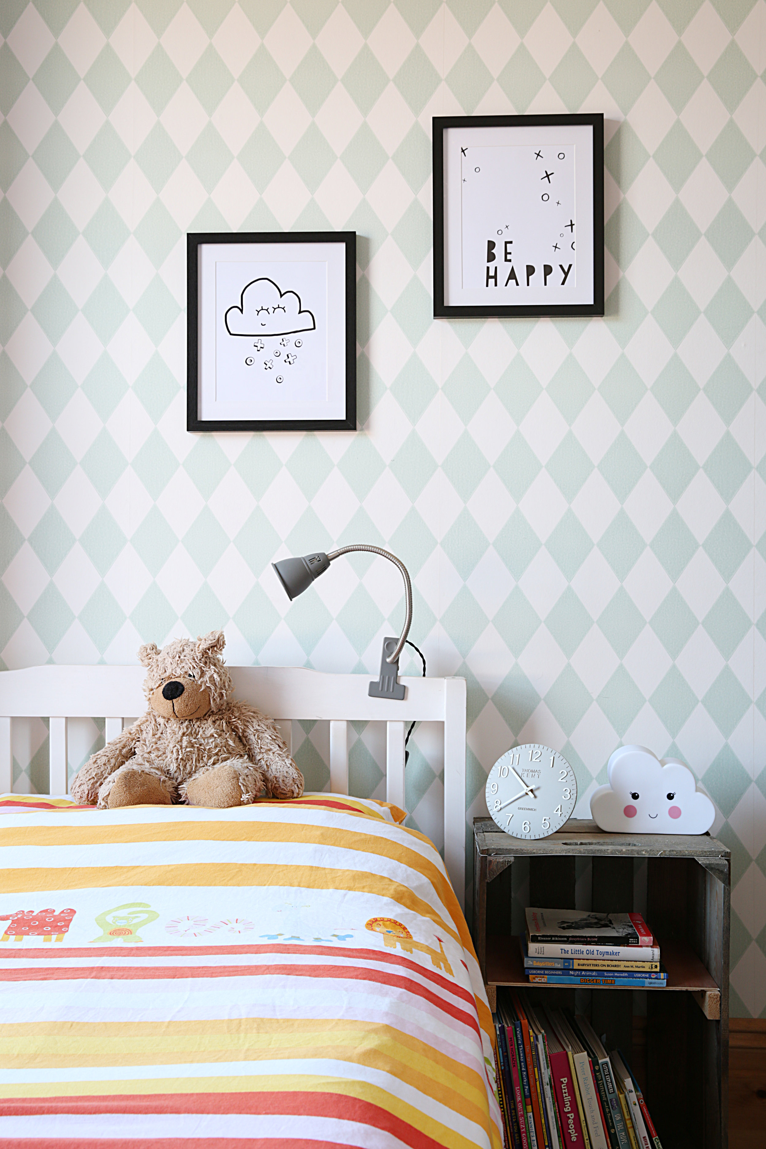 Another child's bedroom