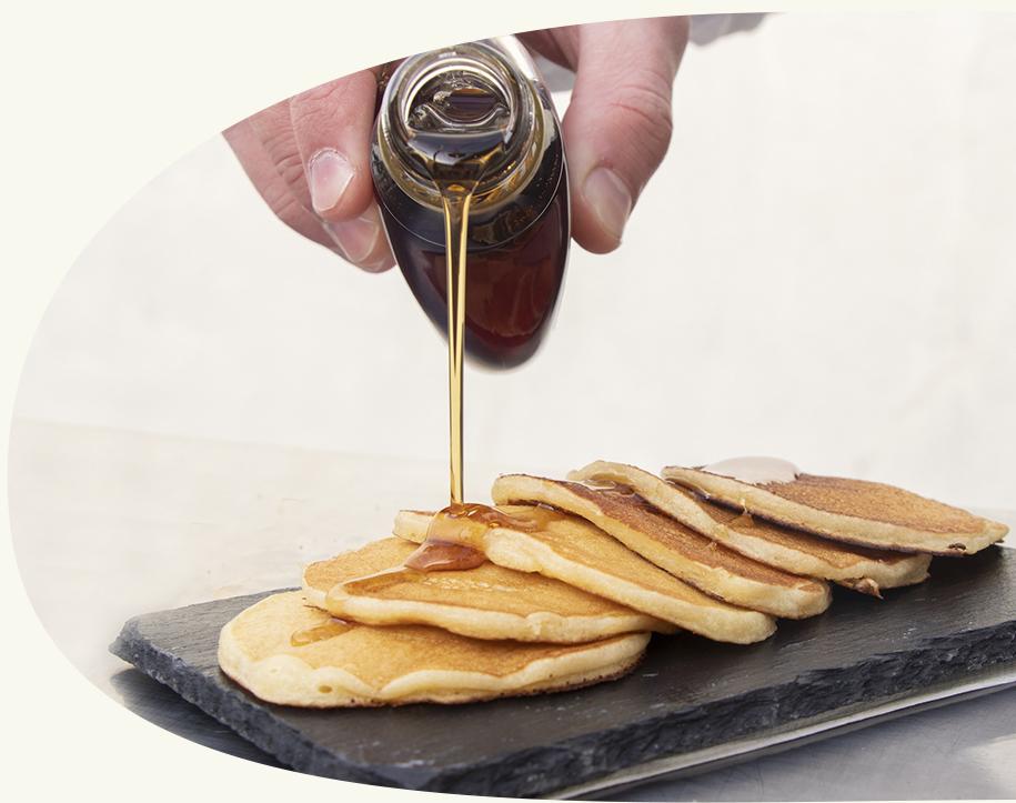 Des produits de qualité - Nos produits sont tous préparés sous les yeux de vos convives pour une fraîcheur optimale. Les pancakes, les jus et les cafés sont servis à la demande.