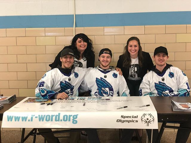The Rochester Knighthawks are helping us spread the word to end the #rword