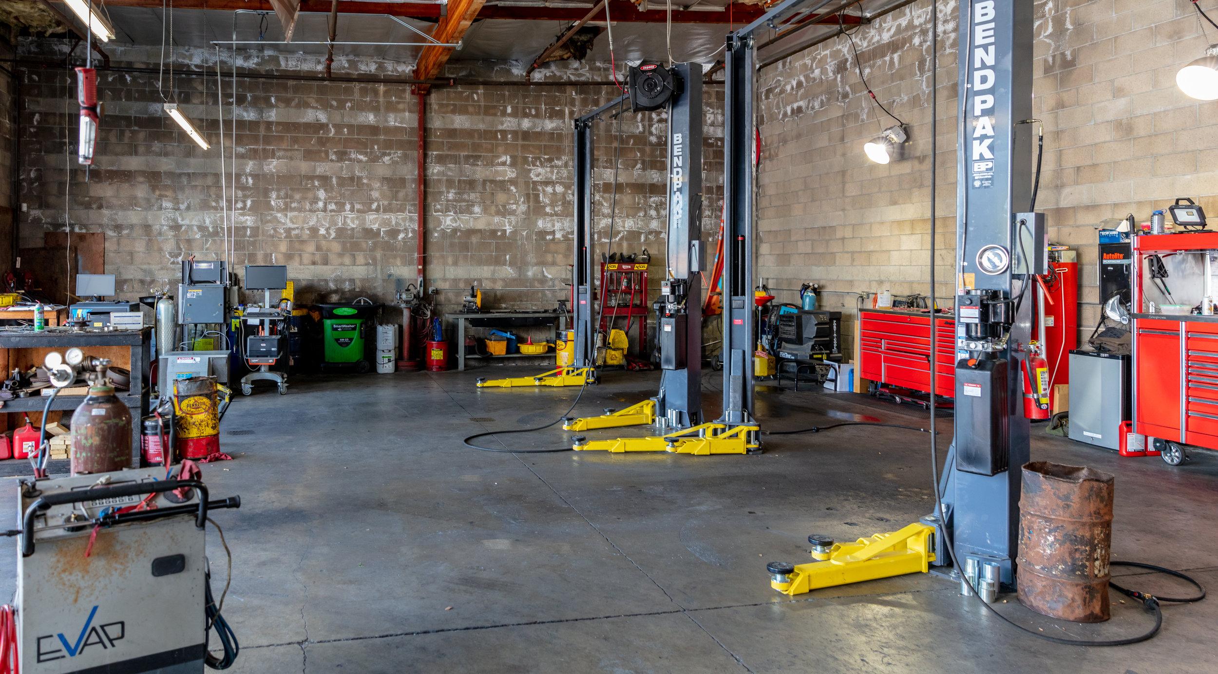 SMOG-Diagnostic-Specialists-Auto-Repair-And-Maintenance-Northgate-Blvd-Sacramento-CA-0015.jpg