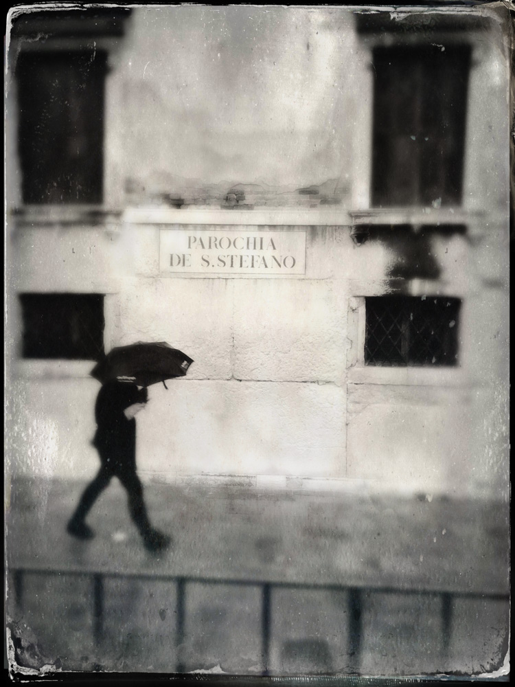 © 2019 SuZan Alexander.   Rainy Day Walk in Venice   (faux tintype). iPhone Photography