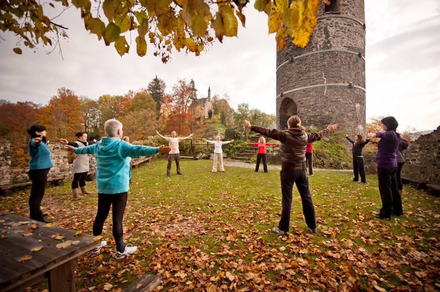 stetching circle castle.jpg