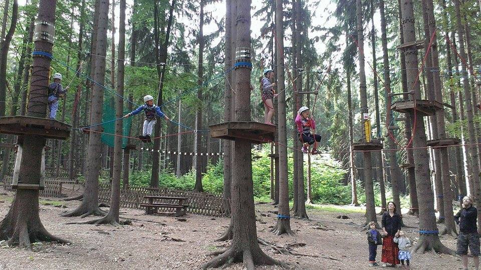 rope course kids.jpg