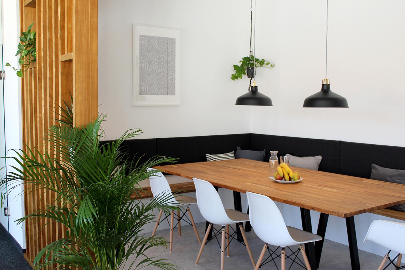 11.kitchen.jpg
