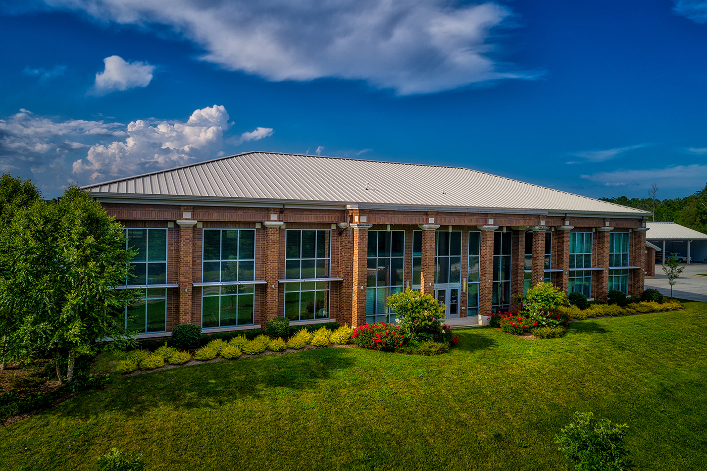 Eastside Utility District   This Class-A office spaces and headquarters for the East Side Utility District in Chattanooga, TN was completed in 2012 and features a 20,000 square foot, 2 story main office as well as a 12,000 square foot building for maintenance and another 5,000 square foot equipment shed – all over a 7 acre tract of land.