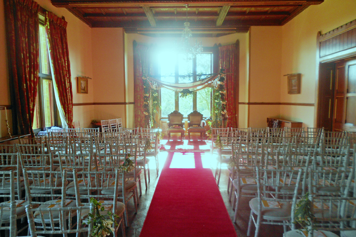 hunthsm_court_drawing_room_ceremony.jpg