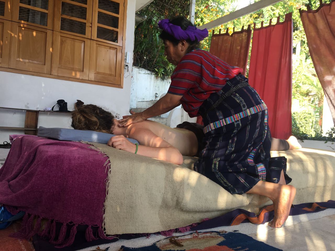 Traditional Midwife Isabela during one of her hands-on lectures