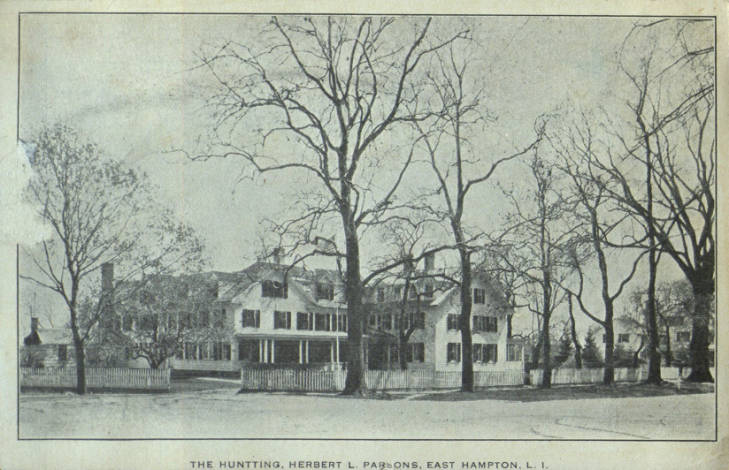Postcard: The Huntting Inn, courtesy of the East Hampton Library, Long Island Collection.