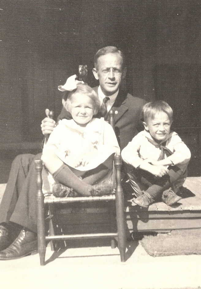 Rev. Norris Harkness with his two youngest children, Evelyn and Lawrence, both born in East Hampton, photo courtesy of