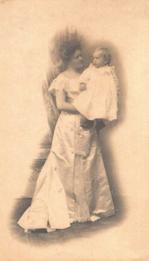 Anna Rust Harkness and son Norris