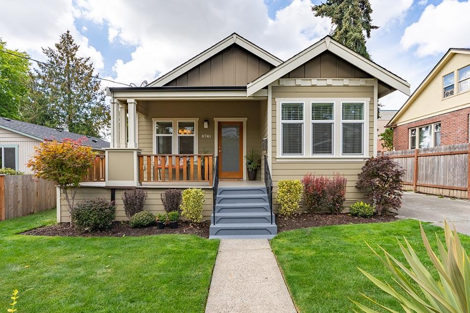 8741 Hamlet Avenue S, Seattle | $650,000