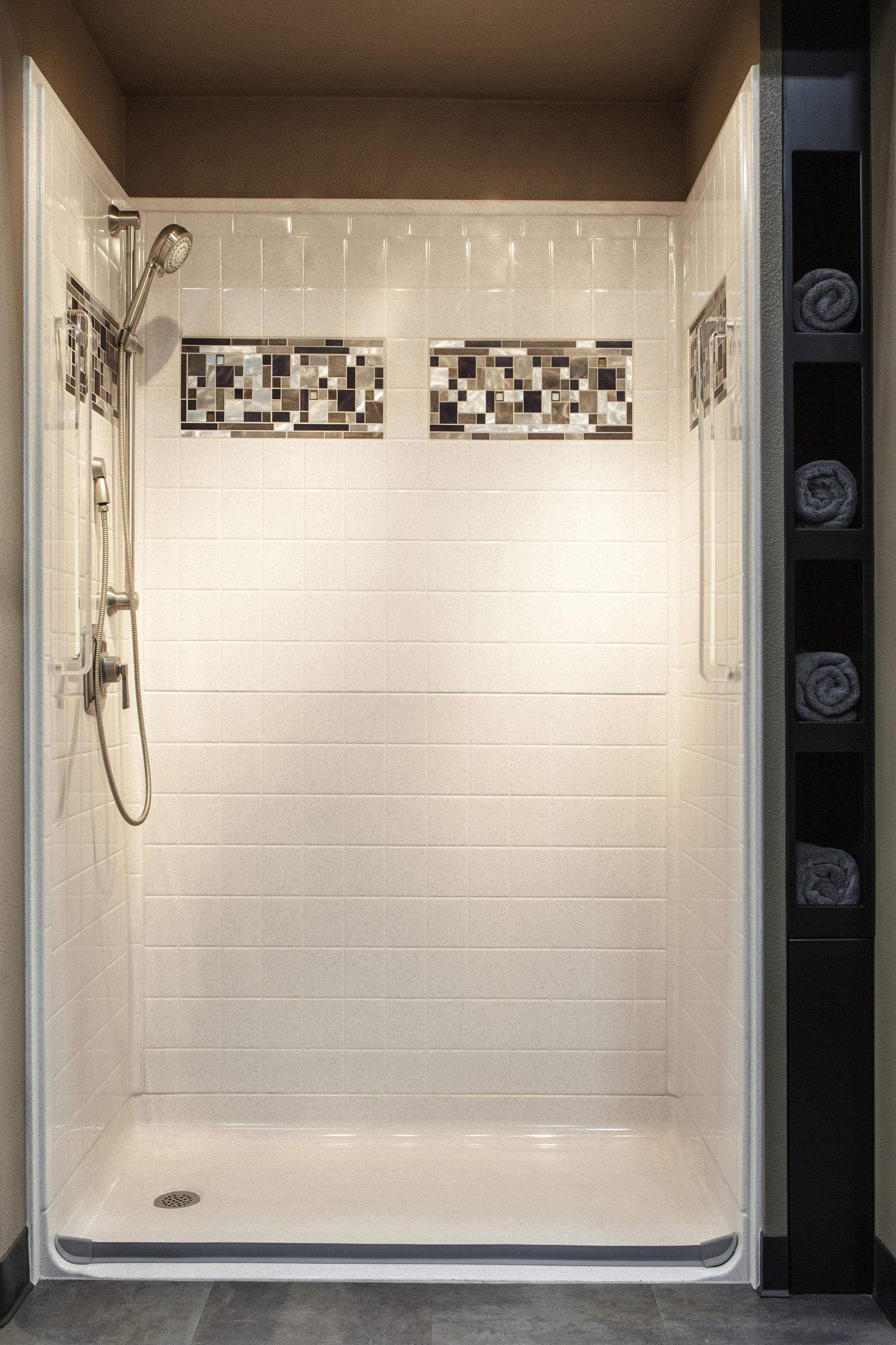 Bestbath WIS Small Tile front.jpg