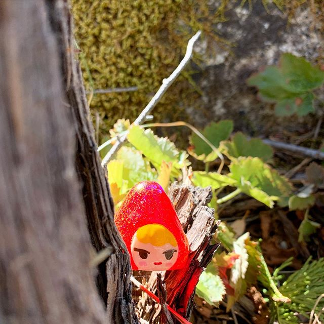 Half day hiking 💖  #toy #resintoy #toys #resintoys #arttoy #artdoll #toymaker #toydesign #toydesigner #designertoys #instaart #instatoys #instadoll #toycollector