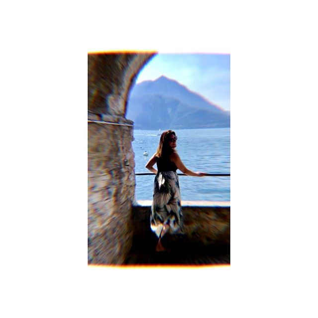 Como dun stole my heart . . . . . #italy #lakecomo #whiteborder #europe #travel #dreamy #travelpic #placesandprose #summer #lake #water #bridge #chillvibes #como #discovideos #italia #lagodicomo