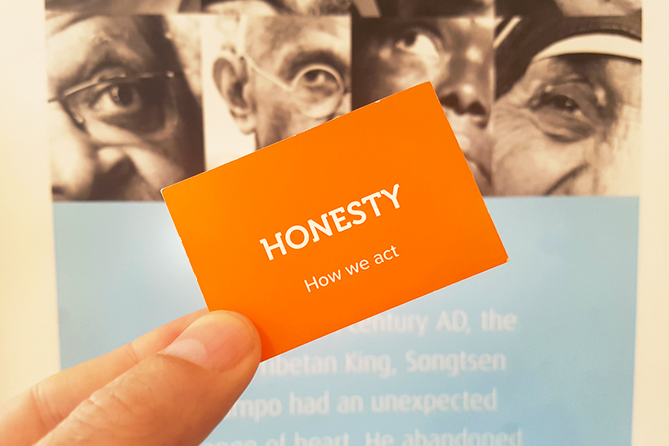 honesty_card.jpg