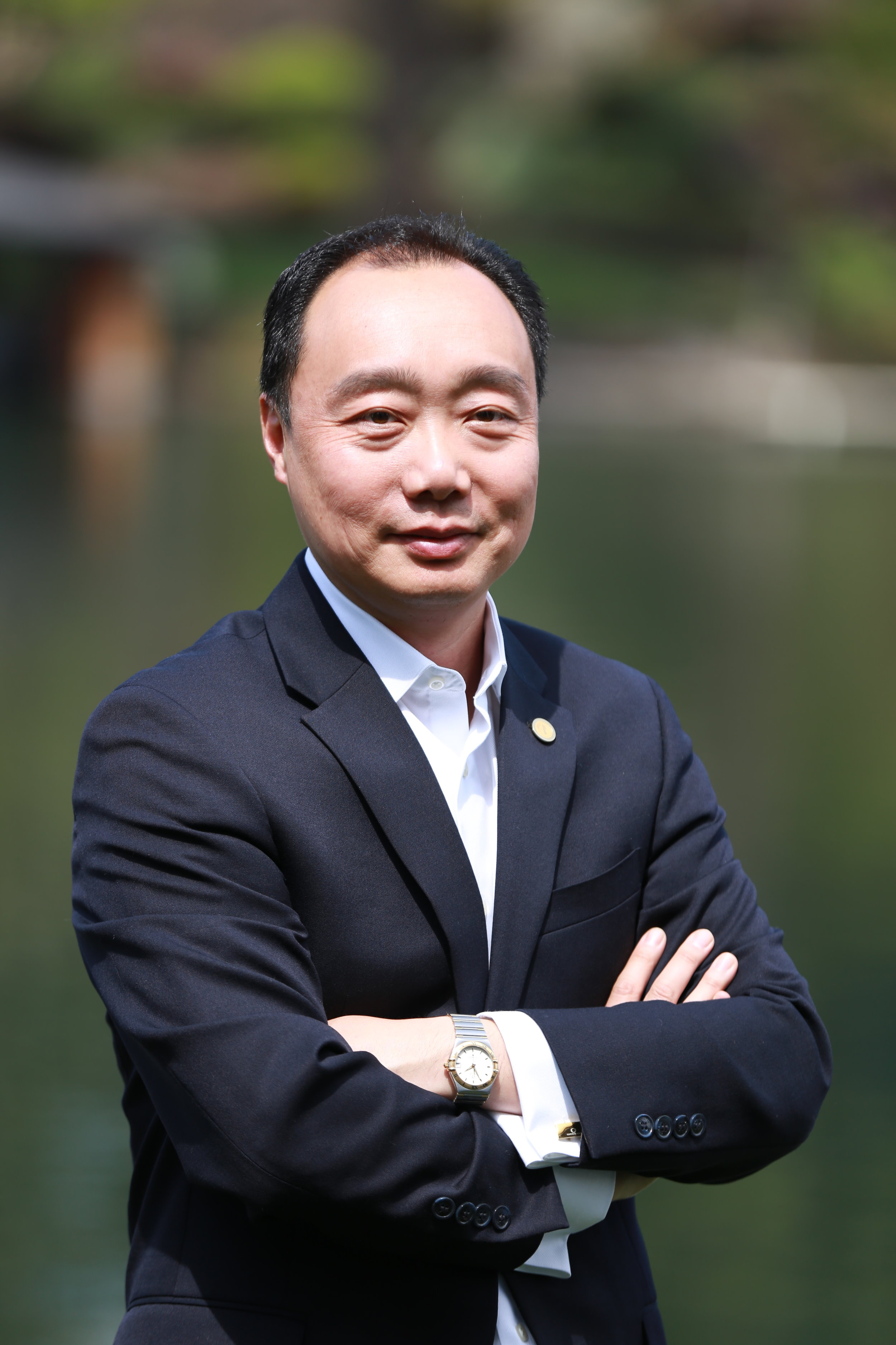 Top Producer        波特兰地区最佳 经纪之一 - Top Producer, Cascade Sotheby's Asia Desk Vice President Michael Zhang has developed a global reputation as the top luxury/Investment real estate agent for Lake Oswego and Portland area. Integrity, Loyalty, Professionalism and informative have help Michael win many international , out of state buyer and local client's trust. Highest level - DiamondPlatinum Member of Portland Metropolitan Association of Realtors®.