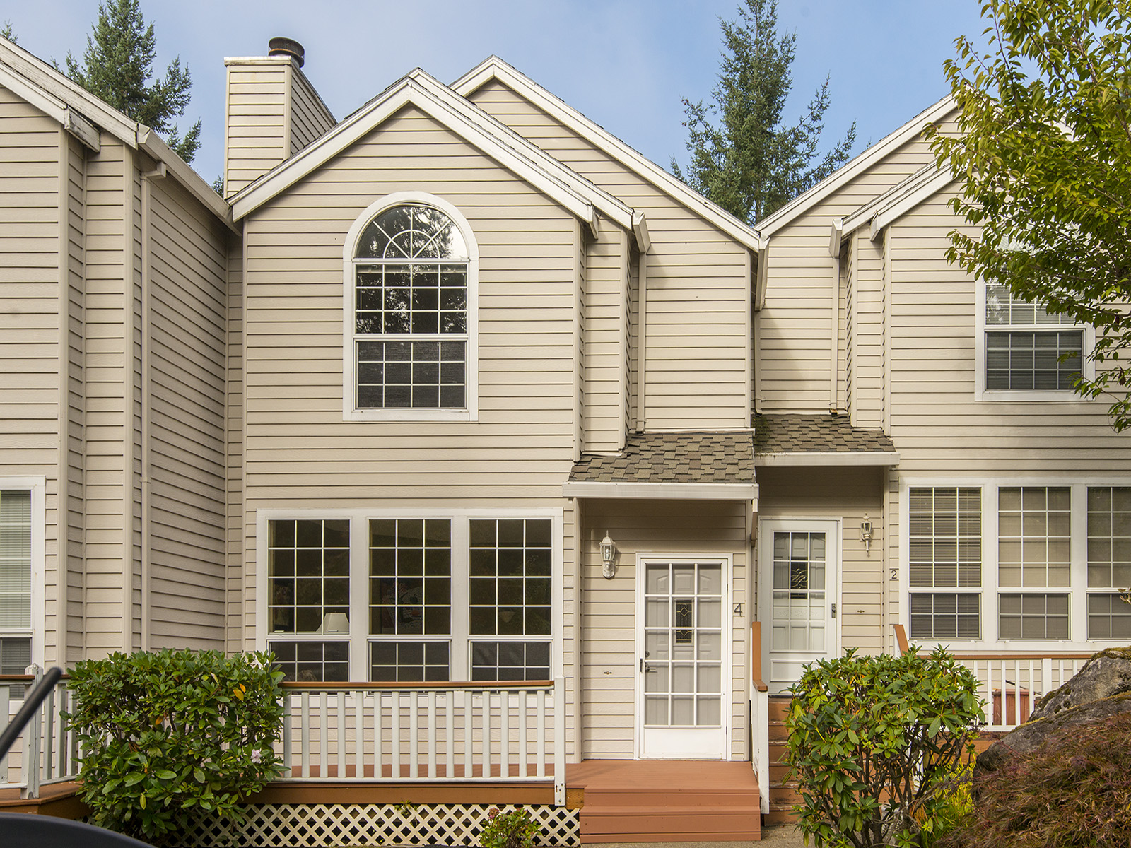 MT Park - LO Townhouse - currently rented $1950/mo