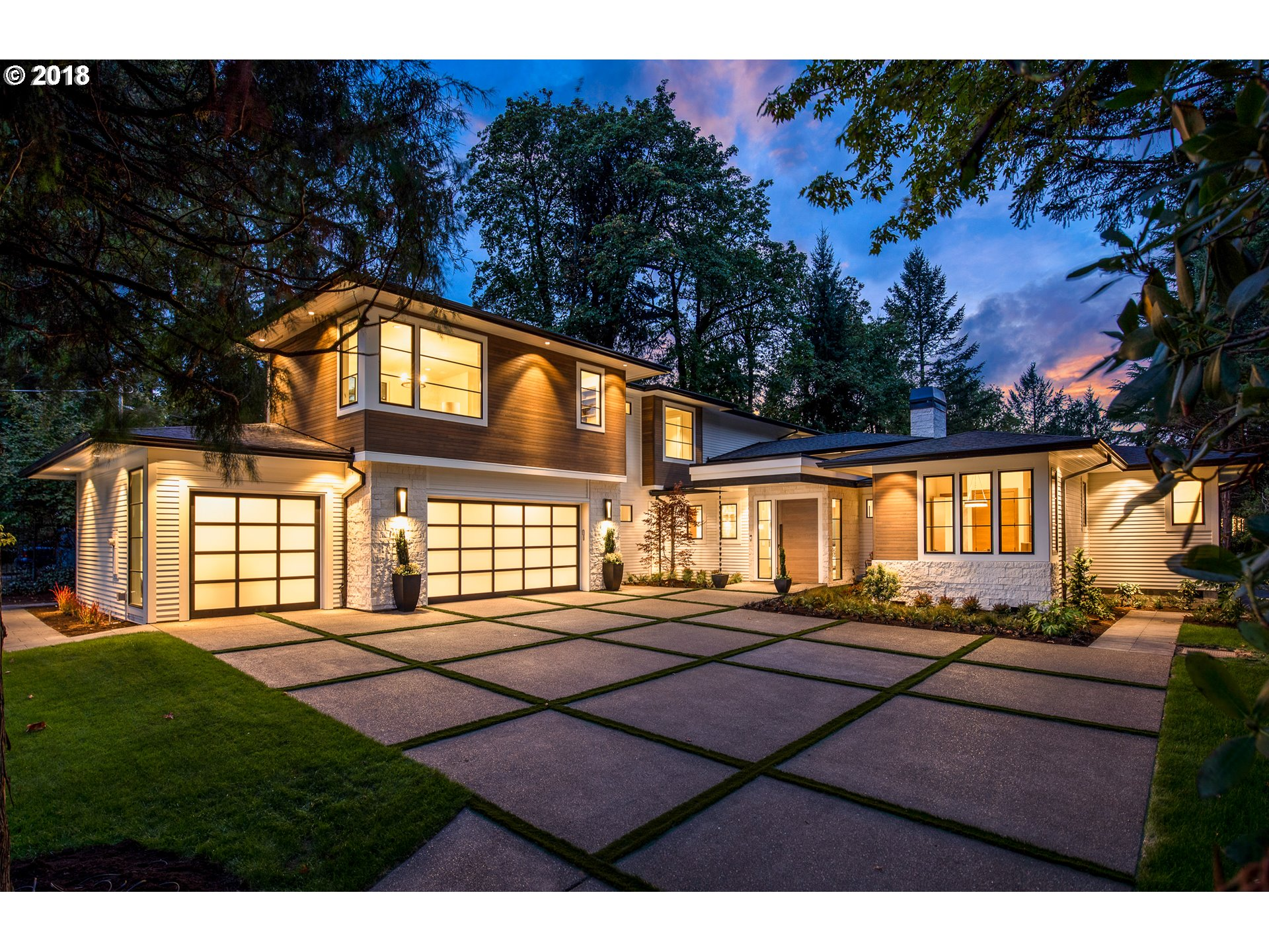 1387 SWMILITARY RD - SOLD!$2,650,000