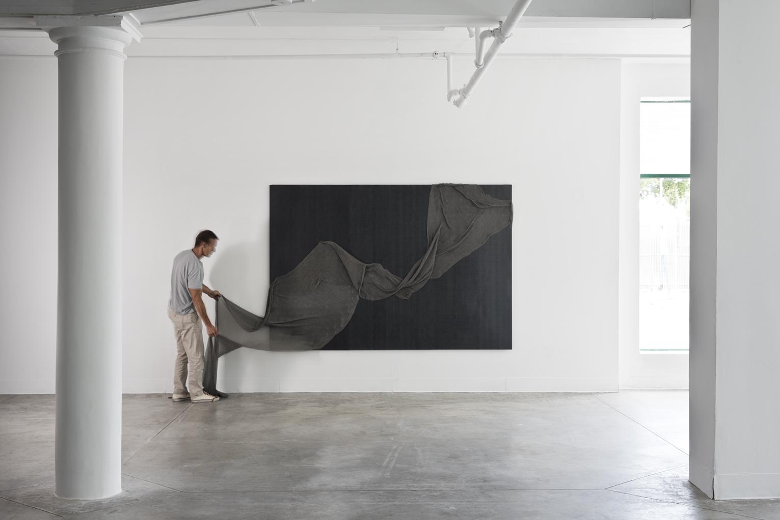 luis-pons-design-art-wallpaper-magnetic_2.jpg