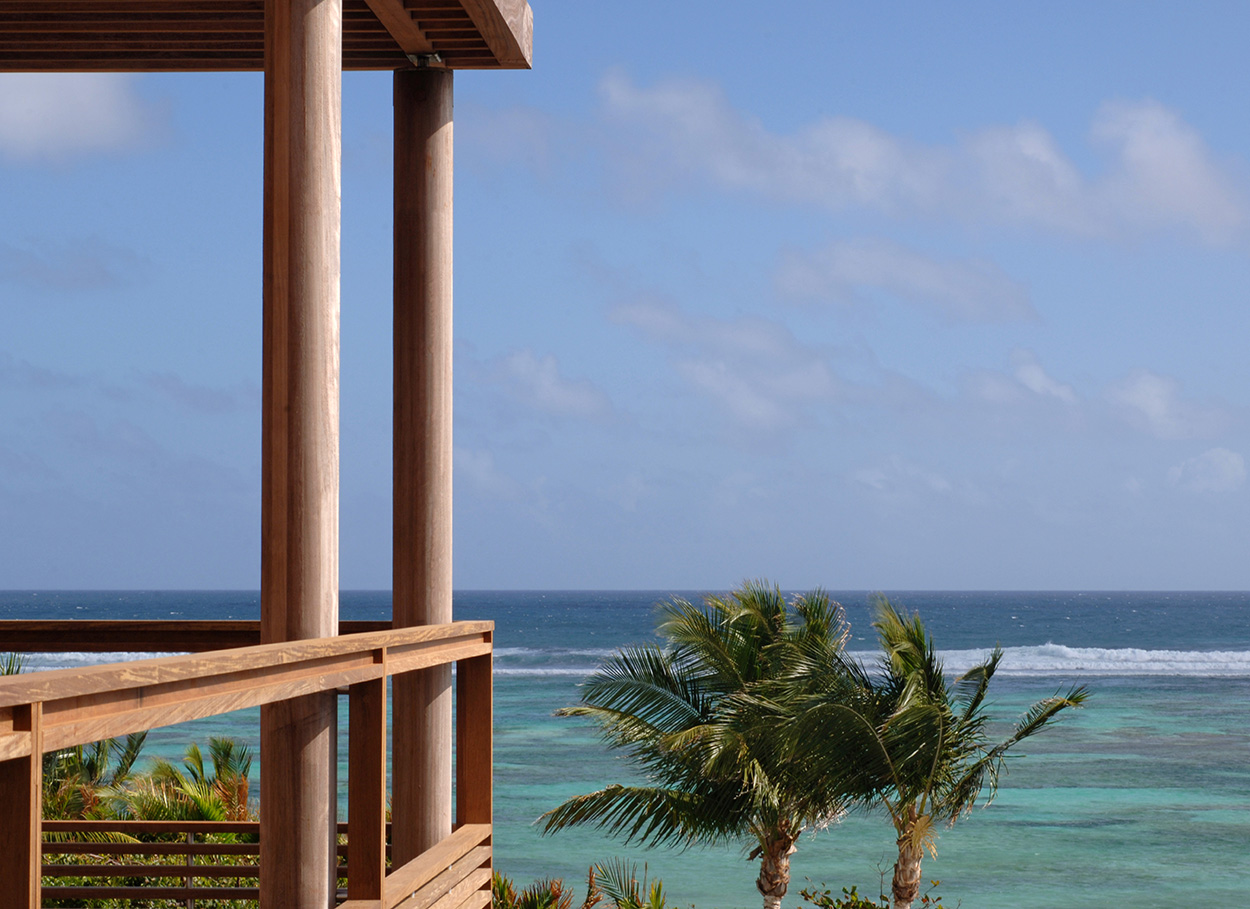luis-pons-design-interior-house-tropical-hotel-hospitality-stbarths_5.jpg