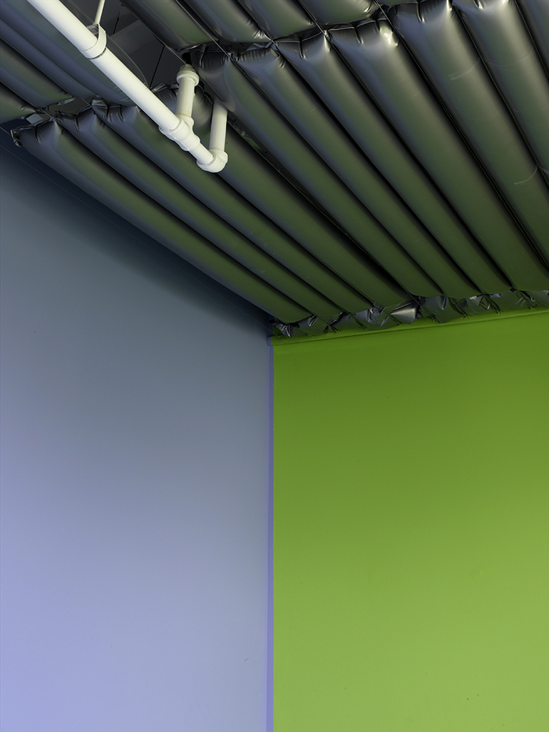 luis-pons-design-art-instalation-miami-office_6.jpg