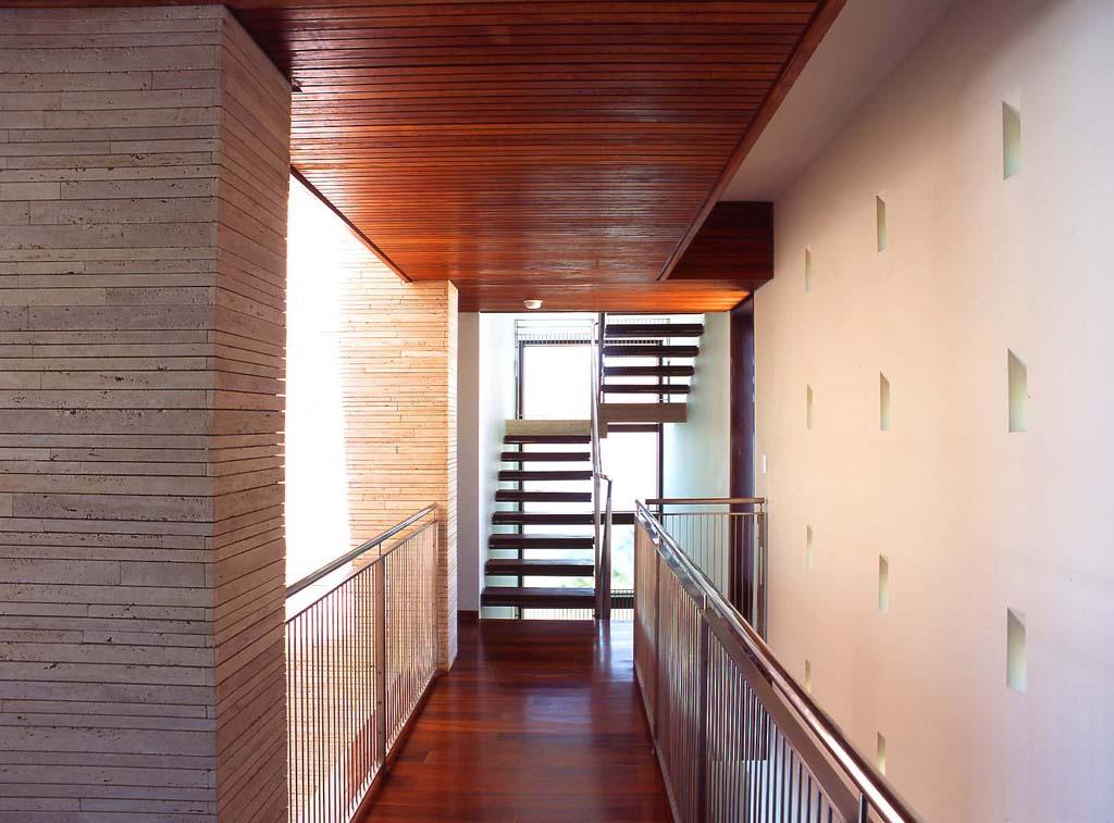 luis-pons-design-interior-house_miami_12.jpg