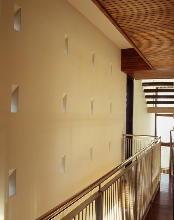 luis-pons-design-interior-house_miami_13.jpg