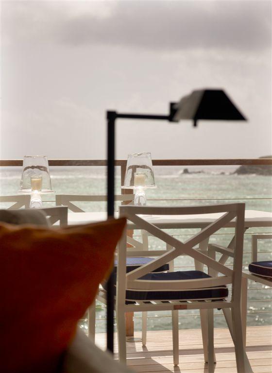 luis-pons-design-interior-tropical-hotel-stbarths_24.jpg