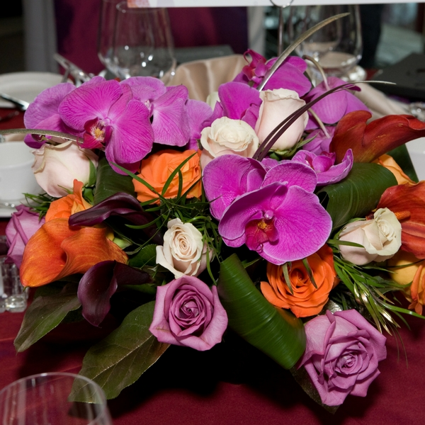 Decor and Flowers Bring An Event To Life